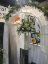 White Arch & Centerpiece