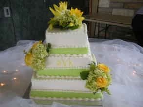 Rose, Lily and Hydrangea Decorated Cake