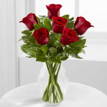 Love\'s Embrace Roses -1/2 Dozen Red